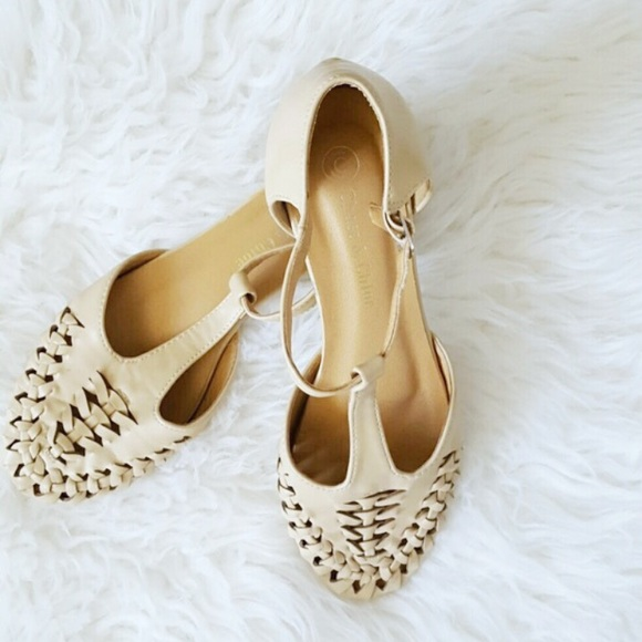 Shoes - Oatmeal Boho Sandals
