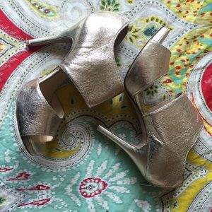 Gold Nine West Textmeo Shoes