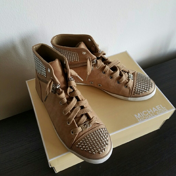 7f2f5afa32be1 MICHAEL Michael Kors Shoes