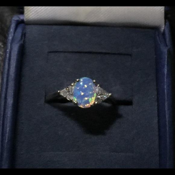 Vintage Jewelry Nevada Silver 925 Opal Avon Ring Sz 7