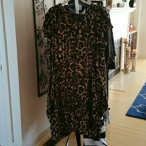 City Chic Dresses & Skirts - City Chic Leopard Print Front Zip Pleat Tunic