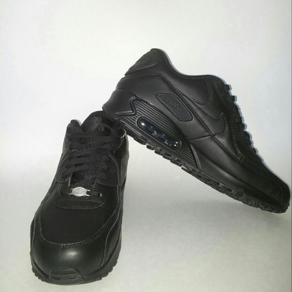 triple black air max 90 leather