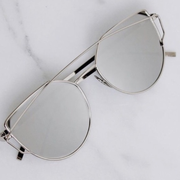 453177b7517f Silver lenses mirror sunglasses gentle monster