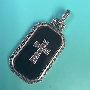 Dallas Prince Jewelry - 🇱🇷 Dallas Prince SS Onyx Marcasite Cross Pendant