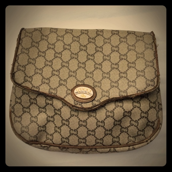 60afcdf557d62 Vintage GUCCI Plus Large Monogram Clutch
