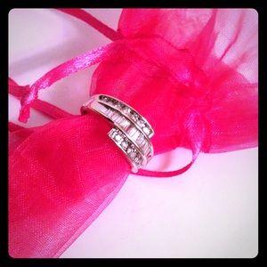 Zales Jewelry - Zales 10k white gold diamond ring sz 6
