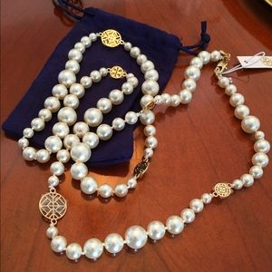 Tory Burch Jewelry - 🌟SOLD🌟Tory Burch Crystal Pearl Necklace