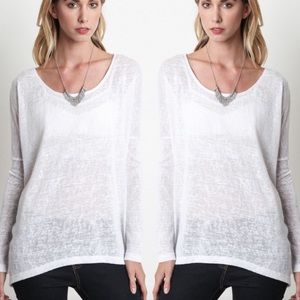 Whit thin knit top
