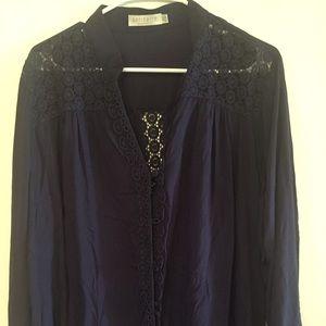 Tops - Long sleeve navy blouse