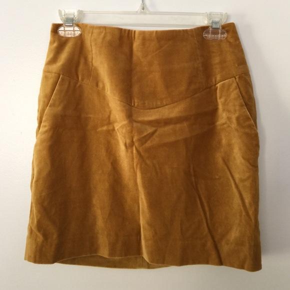 20fc2d065f H&M Dresses & Skirts - H&M Velvet Mustard Yellow Gold Skirt