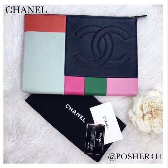 eb2ae8e90d44c1 CHANEL Handbags - CHANEL COLOR-BLOCK LEATHER CLUTCH