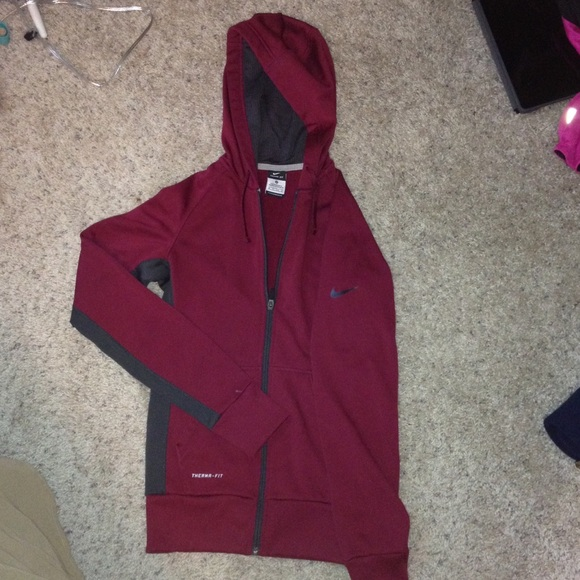 e3fff699a905 Nike Tops - Maroon wine colored Nike thermal zip up