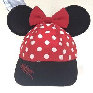 Minnie Mouse SnapBack