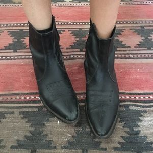 Vintage western cowgirl black leather ankle boots