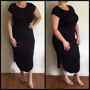 Dresses & Skirts - Black Midi Dress with Side Slits