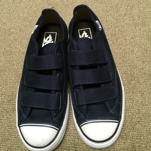 Vans prison issue  23. M 574a76482ba50a901403683a f823178f4