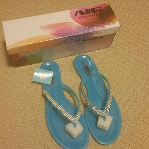 Shoes - Nwt jelly sandles