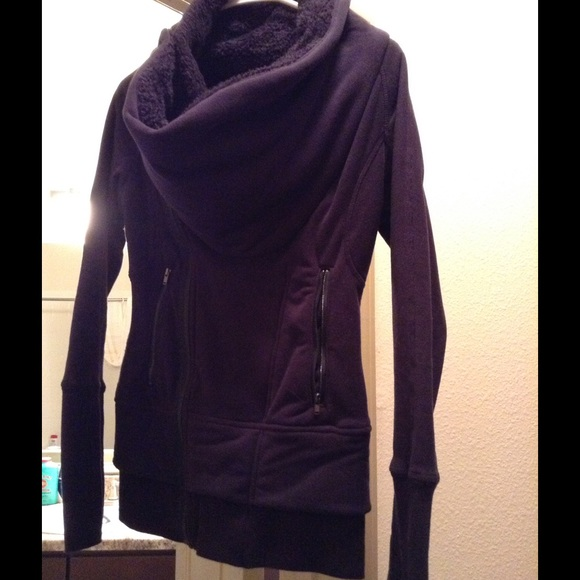 lululemon athletica Jackets & Coats - Lululemon cozy wrap jacket