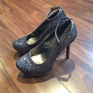 Heels by mossimo black . New never were worn .