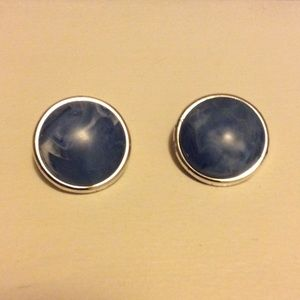 Jewelry - Blue marbled disc clip on earrings