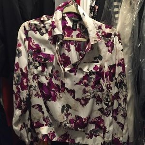 100 % Silk blouse, in great condition