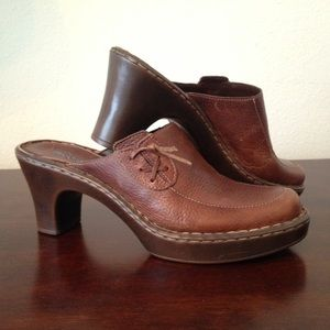 Nicole leather clogs size 8.5M