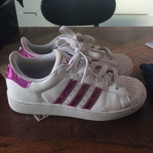 adidas superstar pink metallic