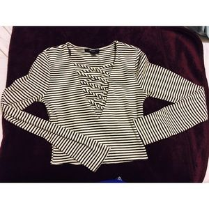 Lace up stripped crop top