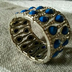 bauble bar Jewelry - Bauble Bar Crystal and Blue Stretch Bracelet