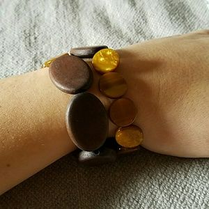 LOFT Jewelry - LOFT brown tortoise wood bead bracelet set