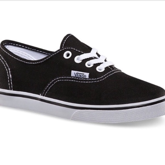 how to clean your black vans shoes