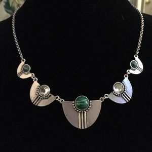 Jewelry - Vintage inspired statement necklace