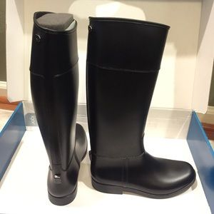 Igor Shoes - NEW IGOR Tall Rainboots (size 36) in Matte Black