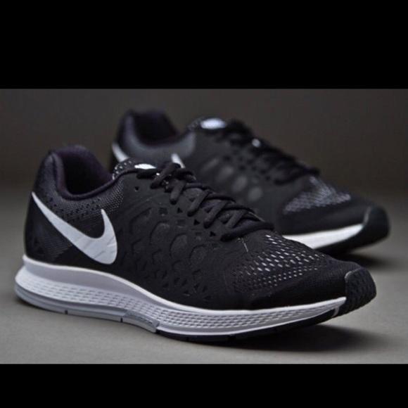 info for 95a1a 681c3 Nike Air Zoom Pegasus 31 Black White Running Shoes.  M 574c22e76a5830f8ca05e7e5