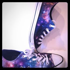 Converse Shoes - Galaxy Converse Limited Edition