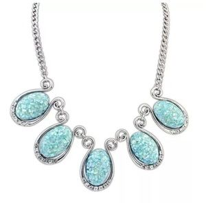 Custom Jewelry - D21 Antiqued Abalone Look Blue Mint Necklace