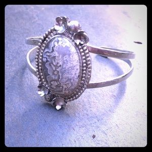Jewelry - Crazy lace agate Navajo inspired sterling cuff