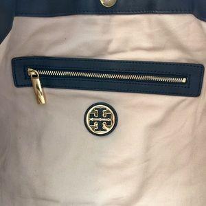 f81e2cfba43e Tory Burch Bags - 🇺🇸Memorial Day Sale🇺🇸Tory Burch Verona tote