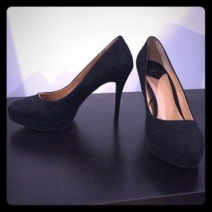 H&M Black Suede Platform Pumps Heels 10