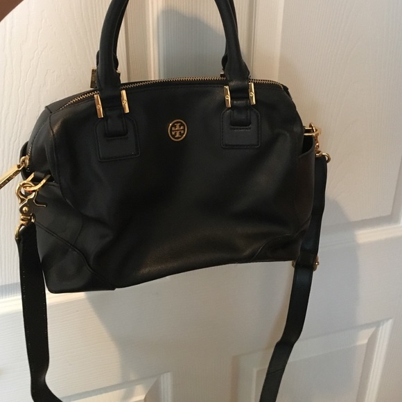 f70f393ce7d Tory Burch black leather bag with long strap. M 574c93422ba50ad1fb06b27b