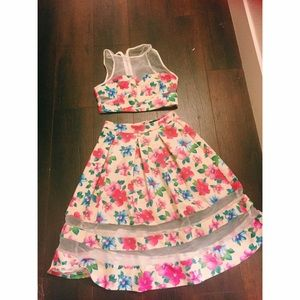 Dresses & Skirts - Two Piece Floral Set