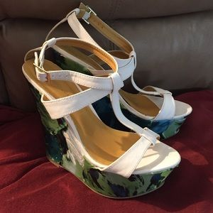 🌸 wedge shoes 🌸