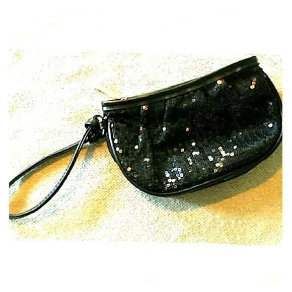 Sephora Handbags - NWOT Sephora black wrislet clutch purse sequins
