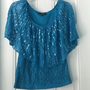 HeartSoul Tops - 🎉HP🎉Cute Sparkly Blue Top