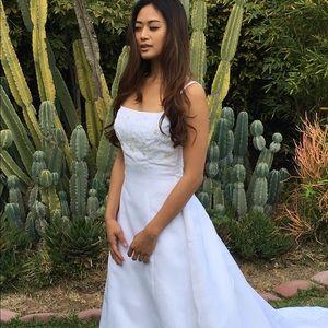 Monique Luo
