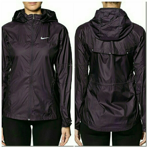 79eb75af5b32 Nike Purple Running Lightweight Rain Jacket XS