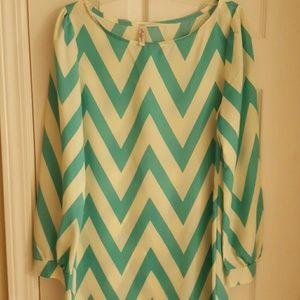 Turquoise chevron printed shift dress