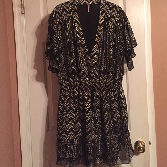 Free People black and gold v neck dress bff5780e8