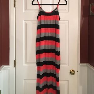 Allen Allen Dresses & Skirts - New Allen Allen striped maxi dress