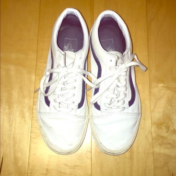 Vans Premium Leather Old Skool Sneaker True White.  M 574cf09bbf6df5b601076826 edb1f09b5494